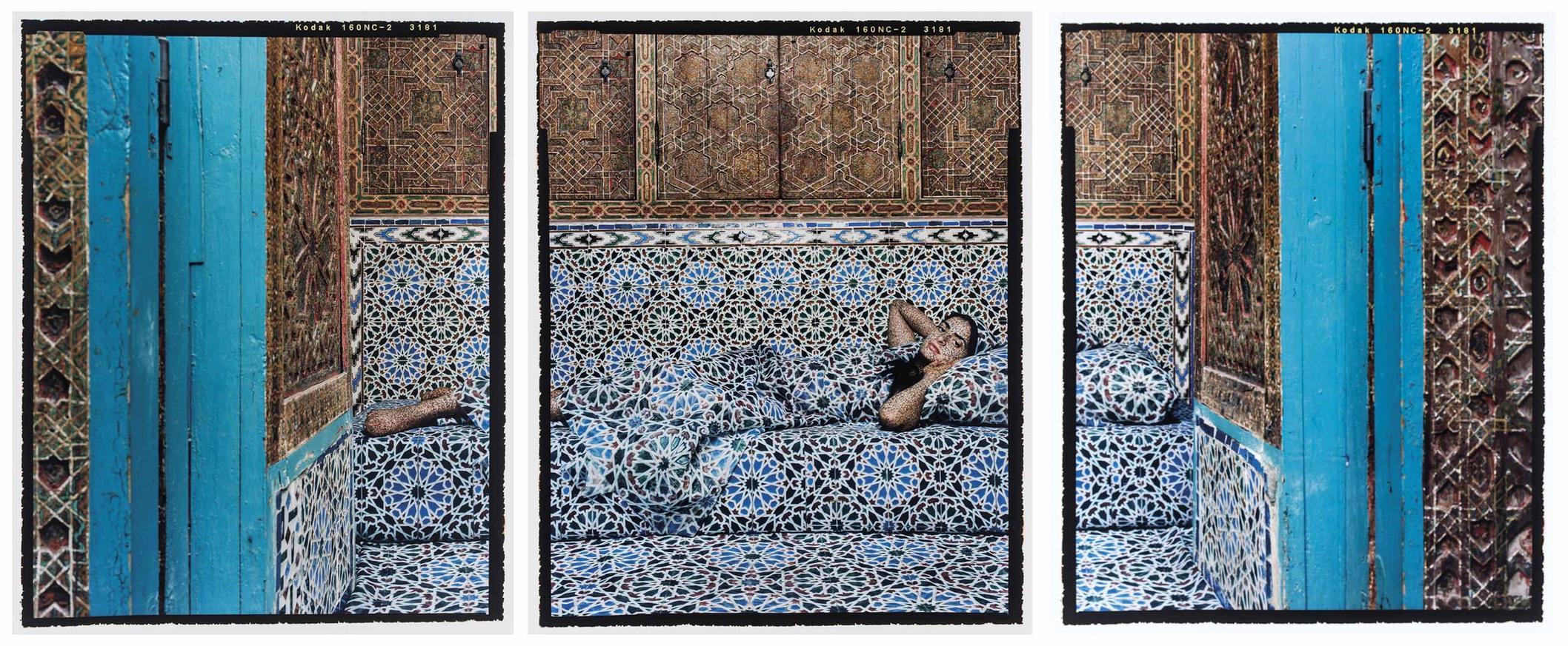 Lalla Essaydi-Harem #18-2009