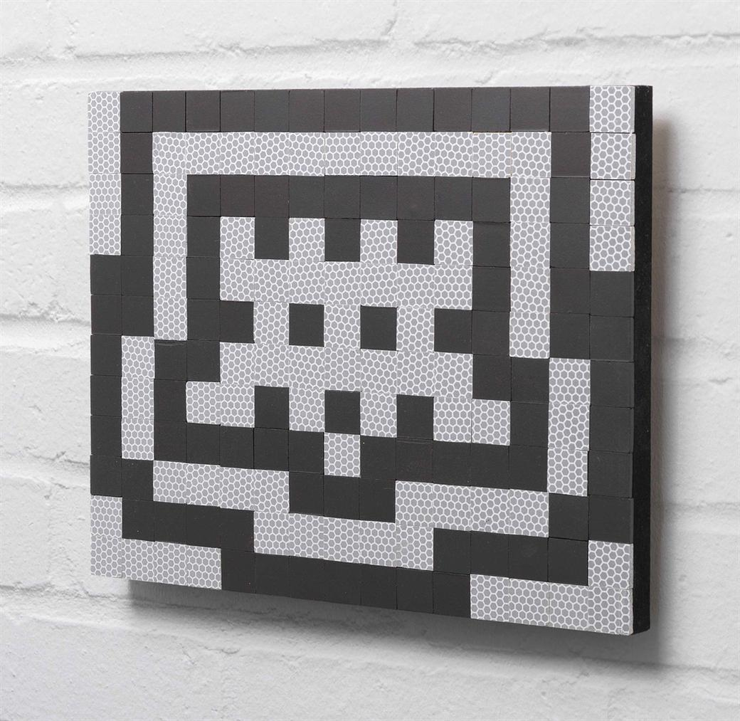 Invader-Small Retinal Invasion 1-2007