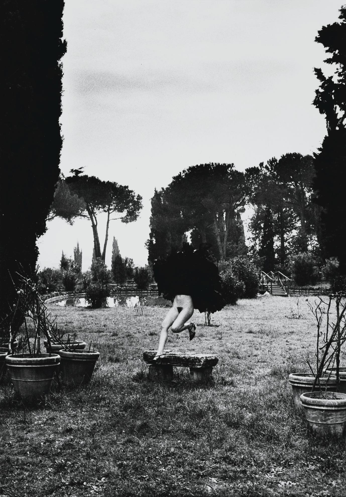 Helmut Newton-In A Garden Near Rome-1977