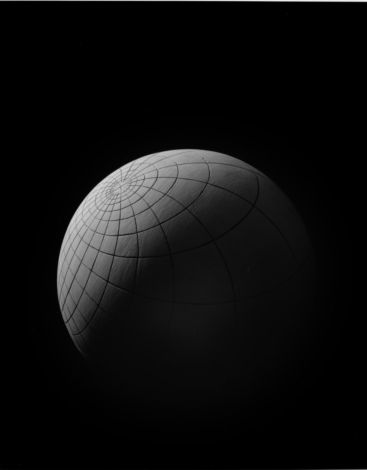 Hiroshi Sugimoto-Mathematical Form: Surface 0011-2004