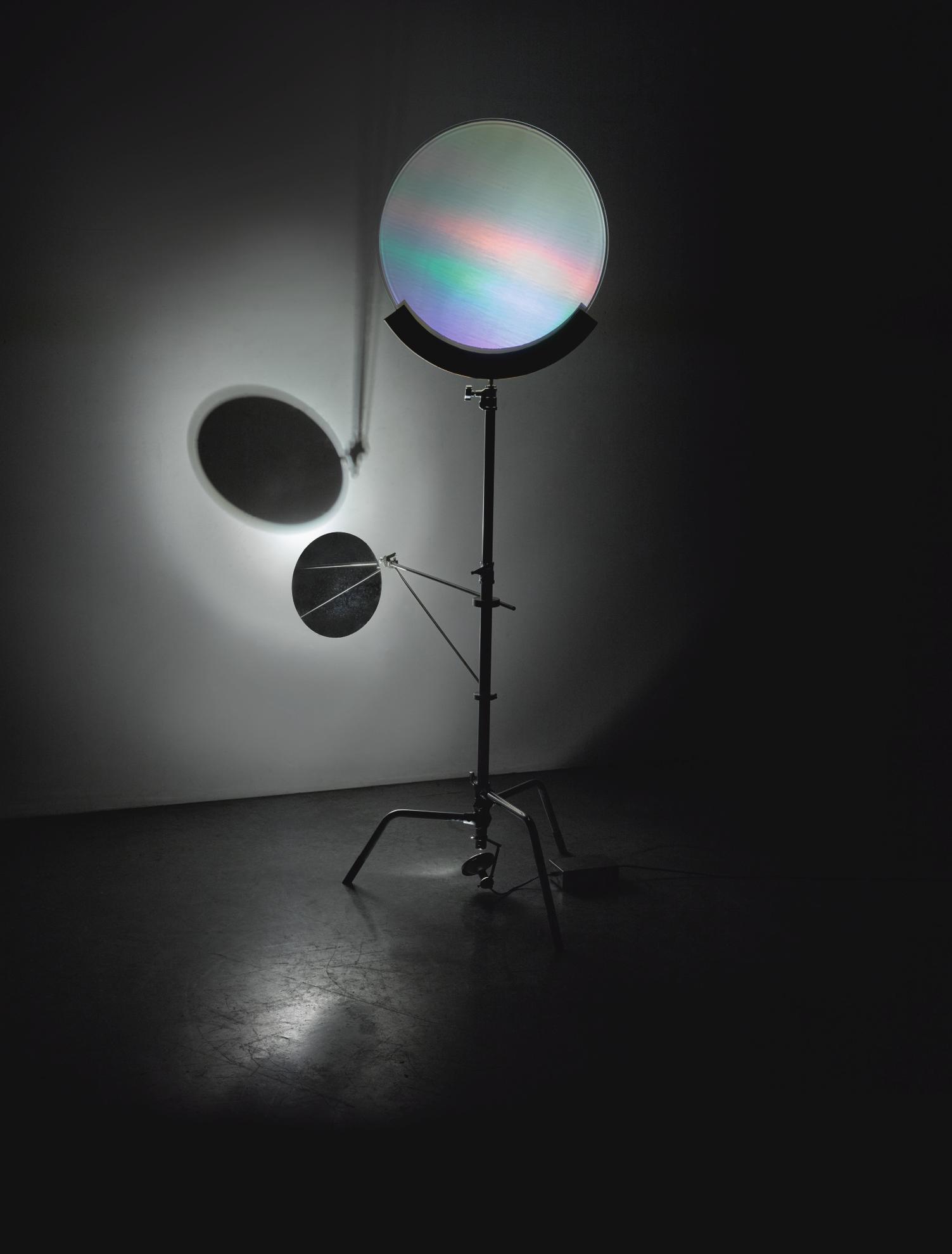 Olafur Eliasson-Holo Lamp-2005