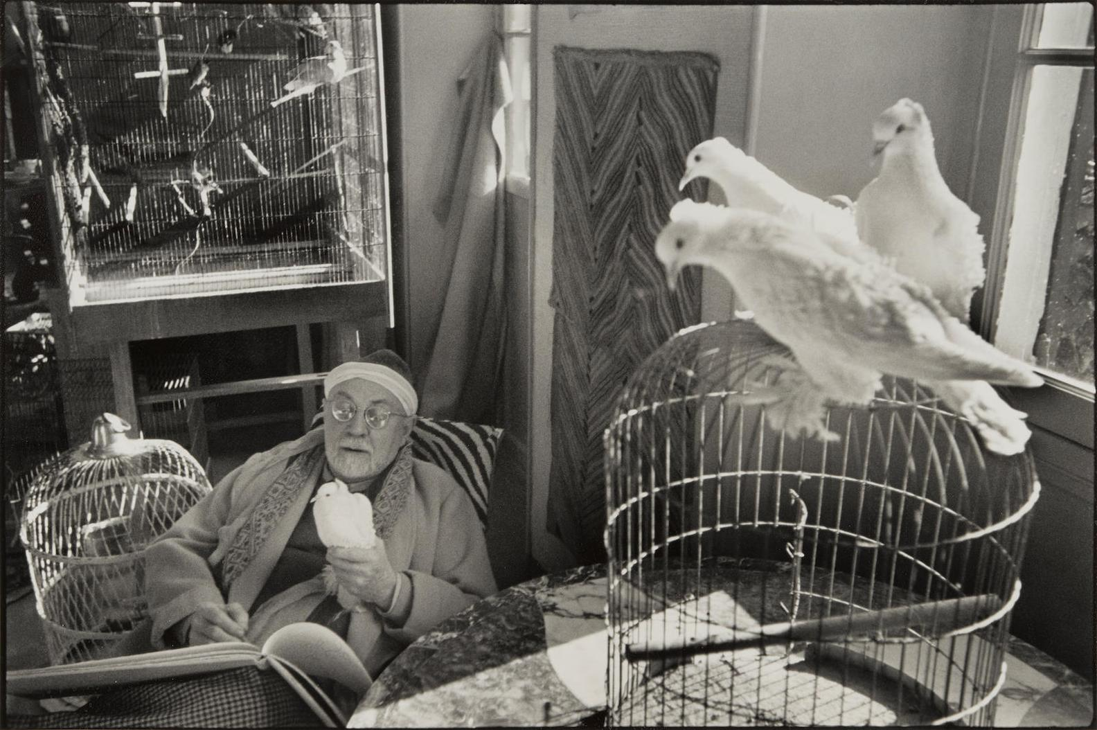 Henri Cartier-Bresson-Matisse With Doves, Vence-1944