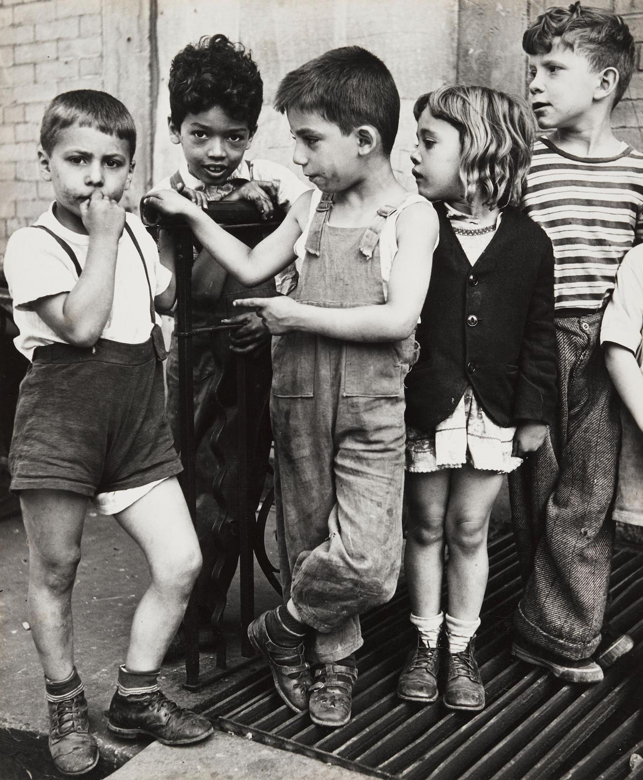 Morris Engel-New York, East Side-1940
