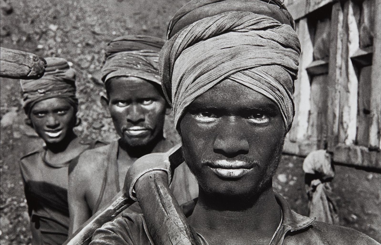 Sebastiao Salgado-Coal Mining, Dhanbad, India-1989