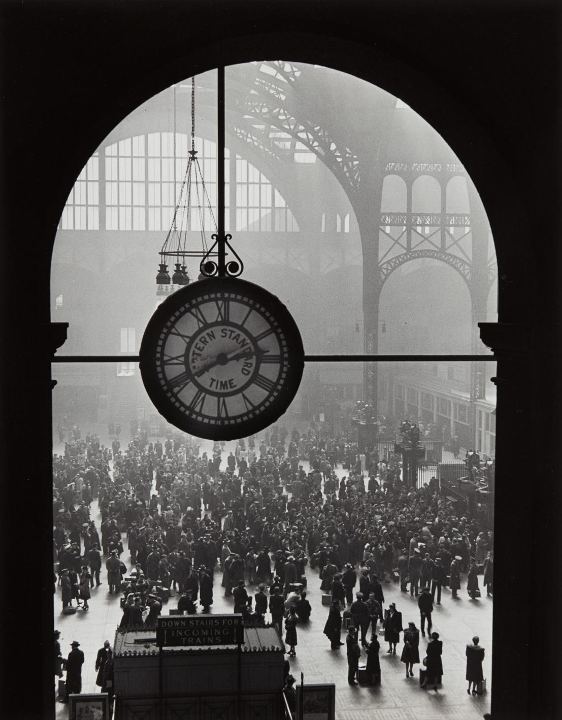 Alfred Eisenstaedt-Farewell To Servicemen, Pennsylvania Station, New York-1943