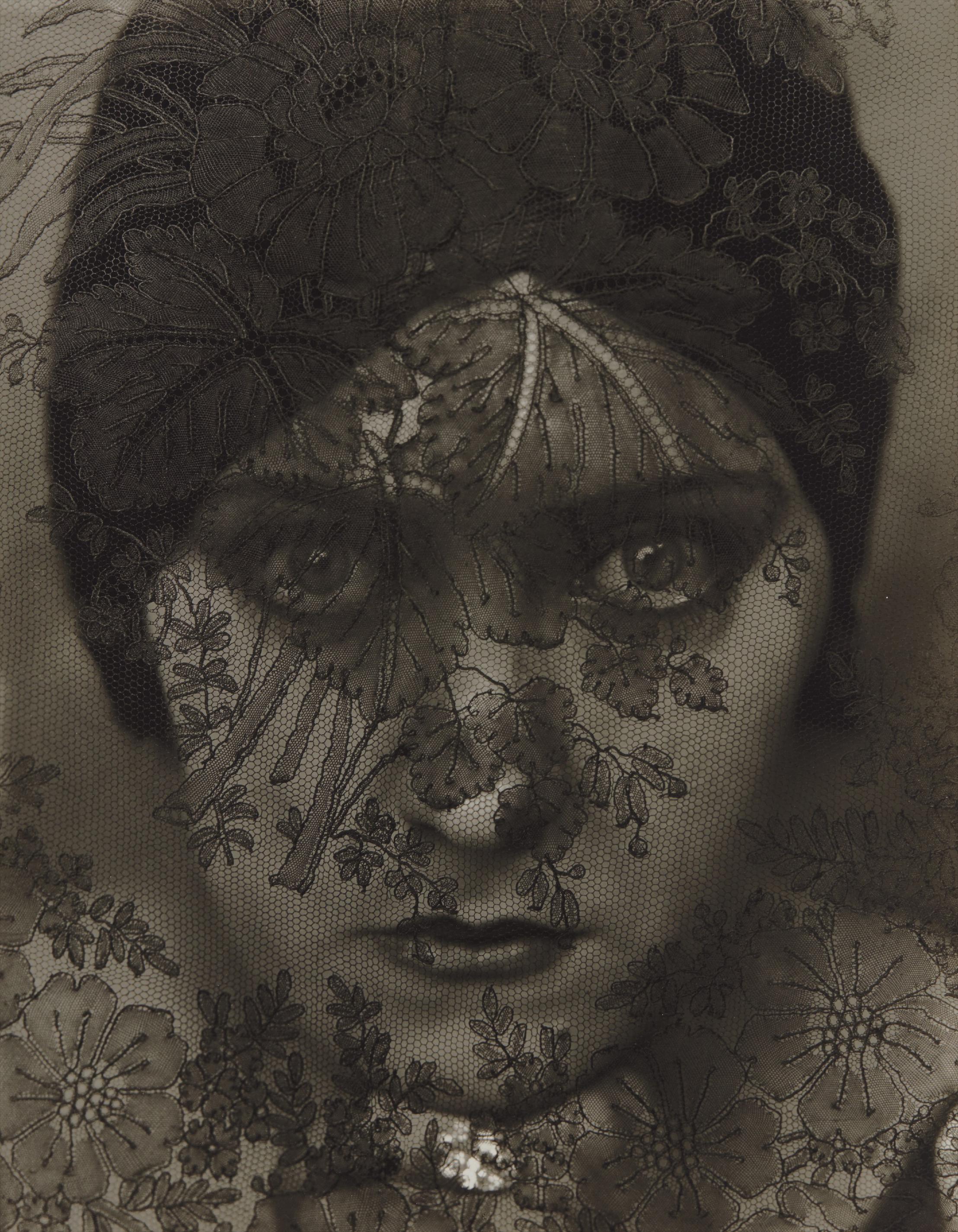Edward Steichen-Gloria Swanson, New York-1924
