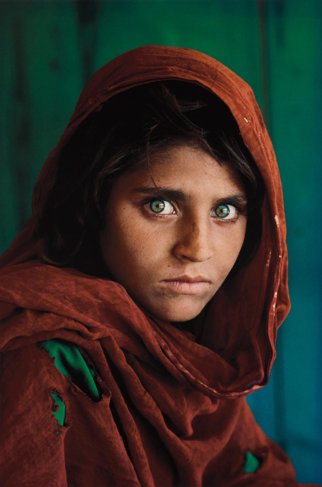 Steve McCurry-Sharbat Gula, Afghan Girl, Pakistan-1984