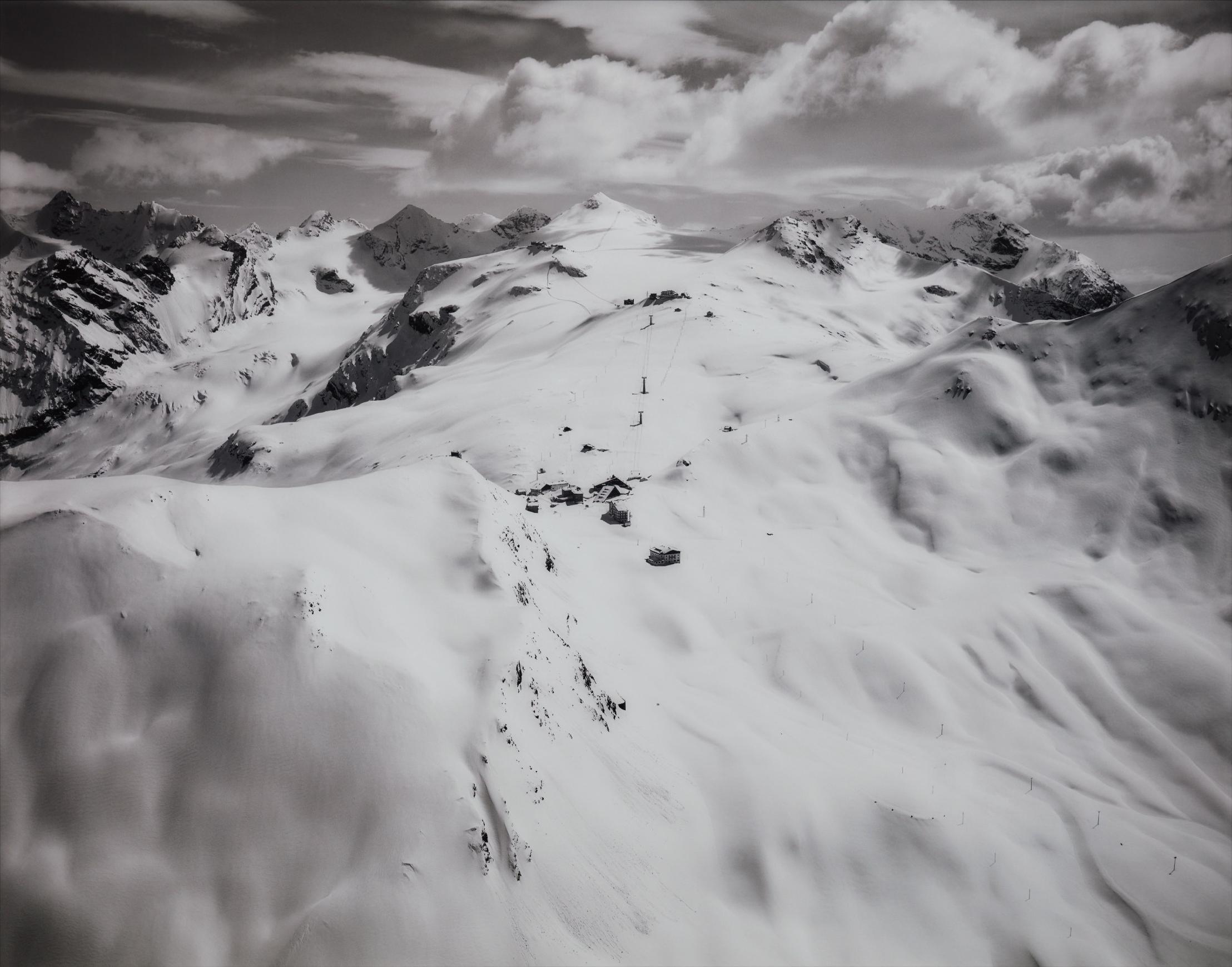 Florian Maier-Aichen-Untitled (Passo Stelvio)-2009