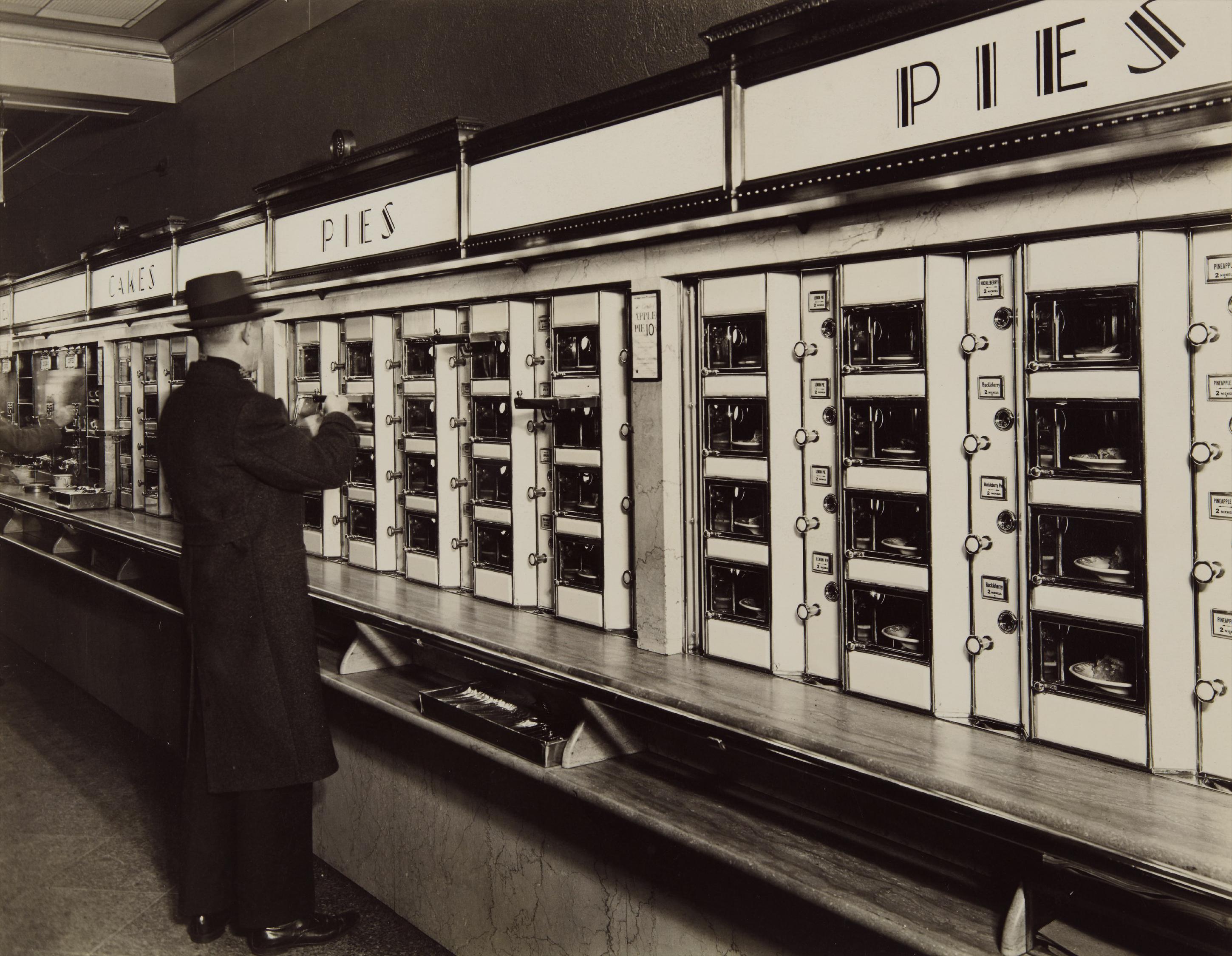 Berenice Abbott-Automat, 977 Eighth Avenue-1936