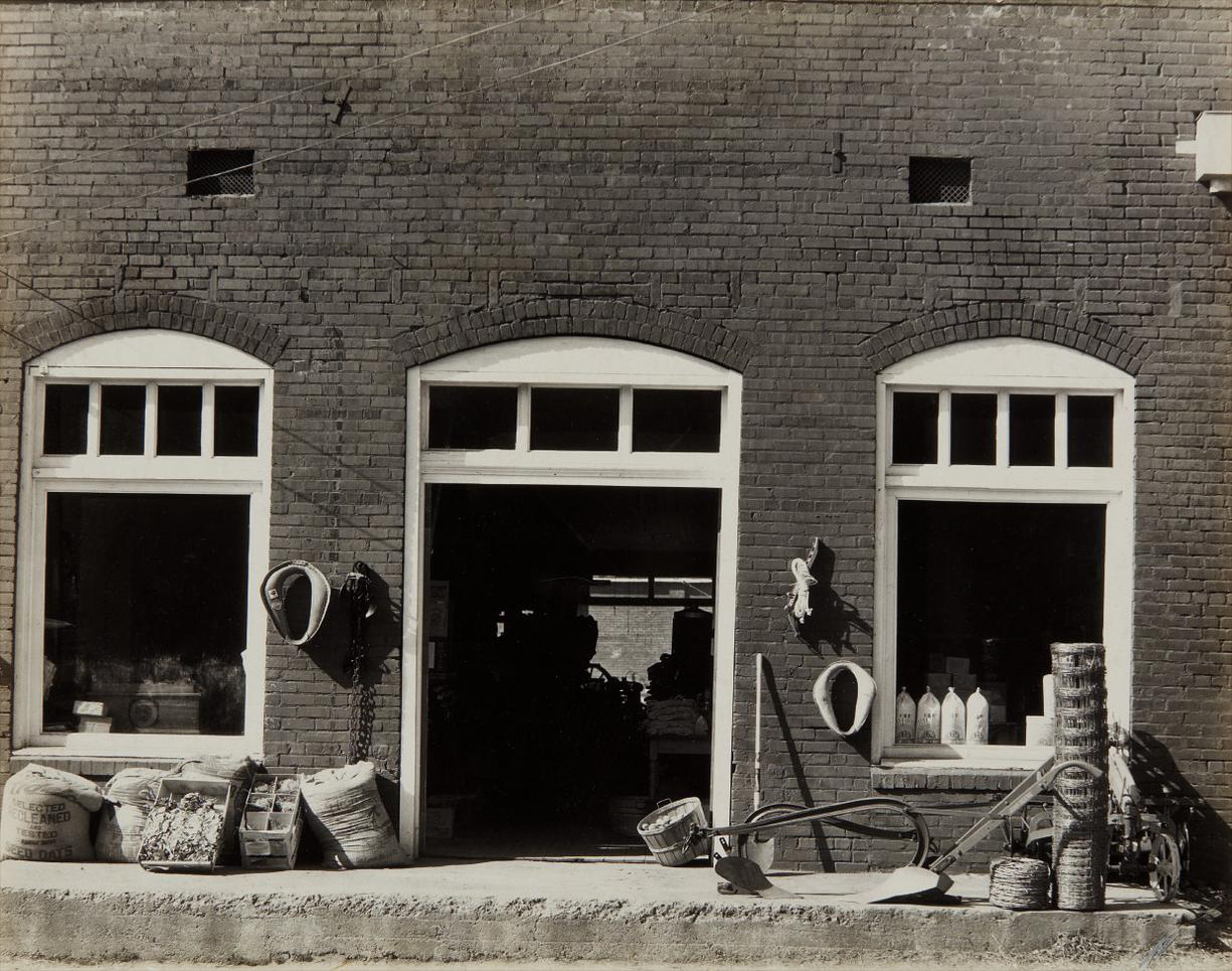 Walker Evans-General Store, Mississippi-1936