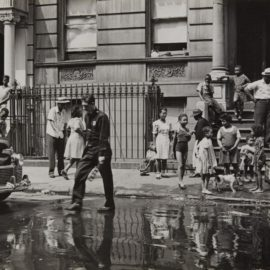 Helen Levitt-New York (Ny Policeman, Wet Street & Kids)-1940