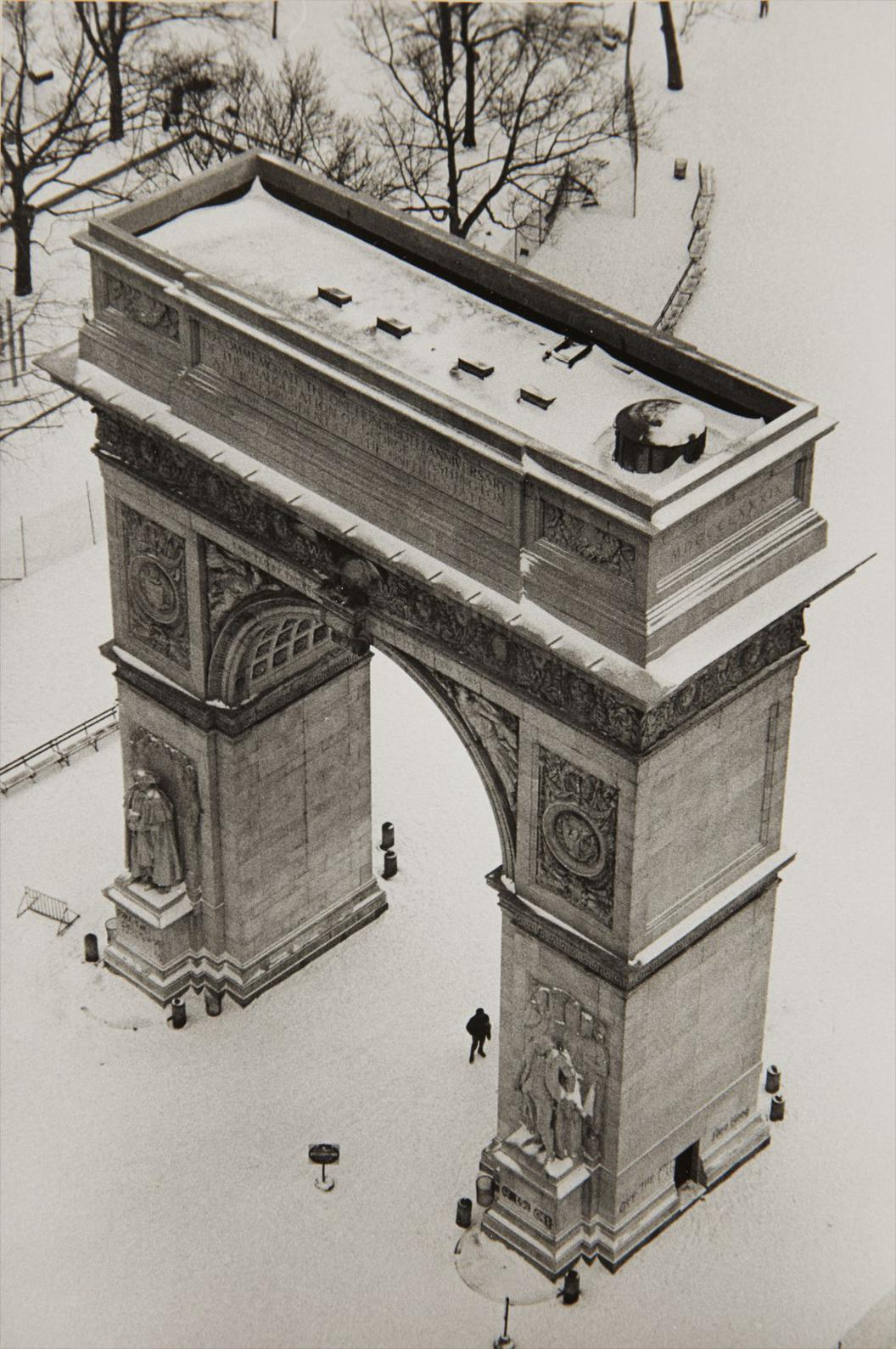 Andre Kertesz-Arch And Snow, Washington Square Park, February 15-1970