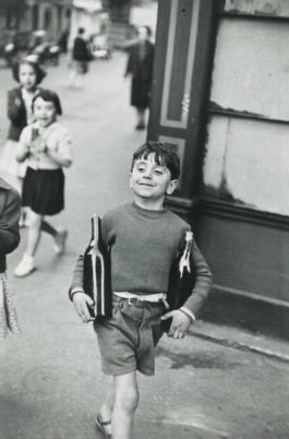 Henri Cartier-Bresson-Rue Mouffetard, Paris-1954