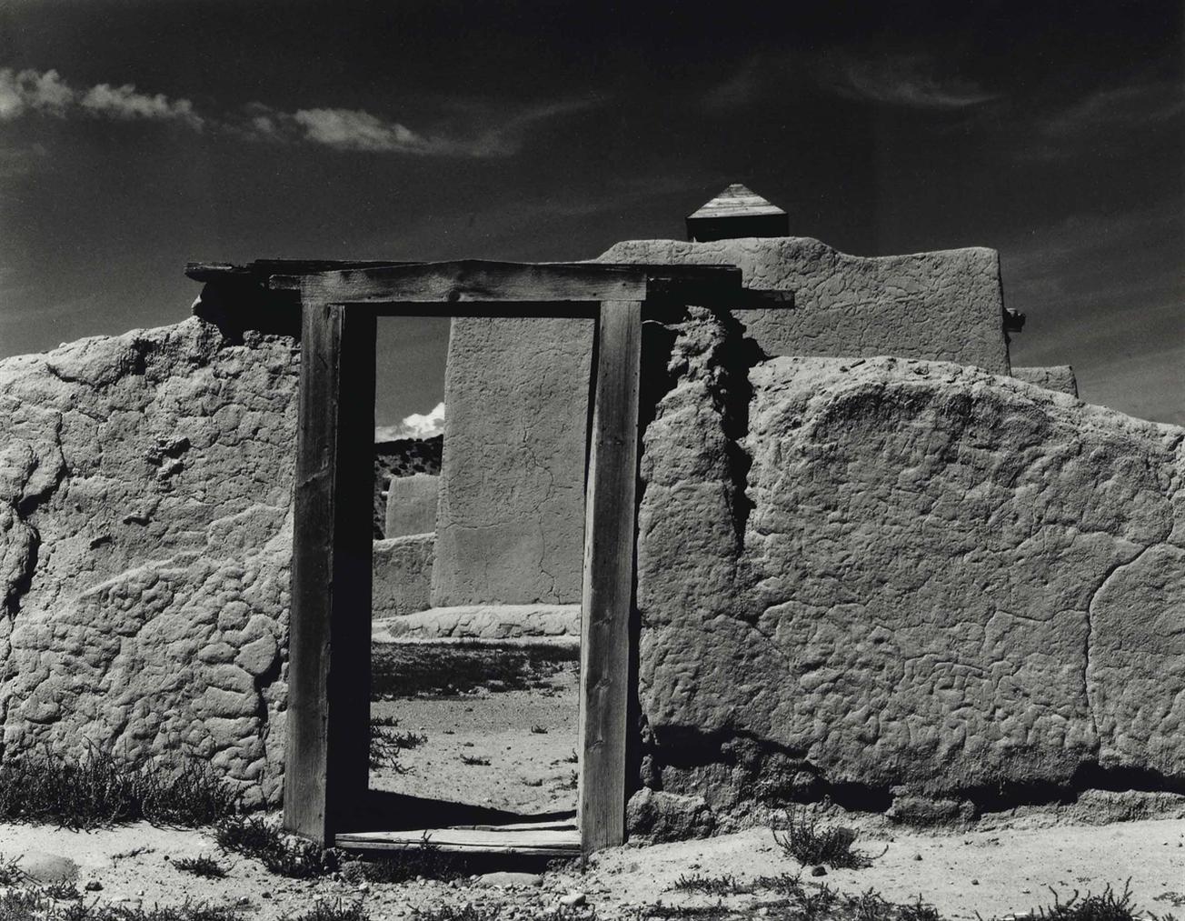 Paul Strand-Church, Truchas, New Mexico-1931