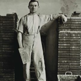 August Sander-Master Mason-1932