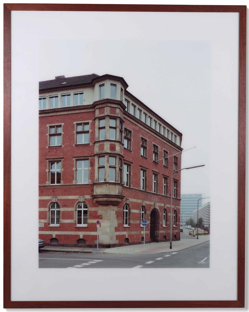 Thomas Ruff-Haus Nr. 7 II-1988