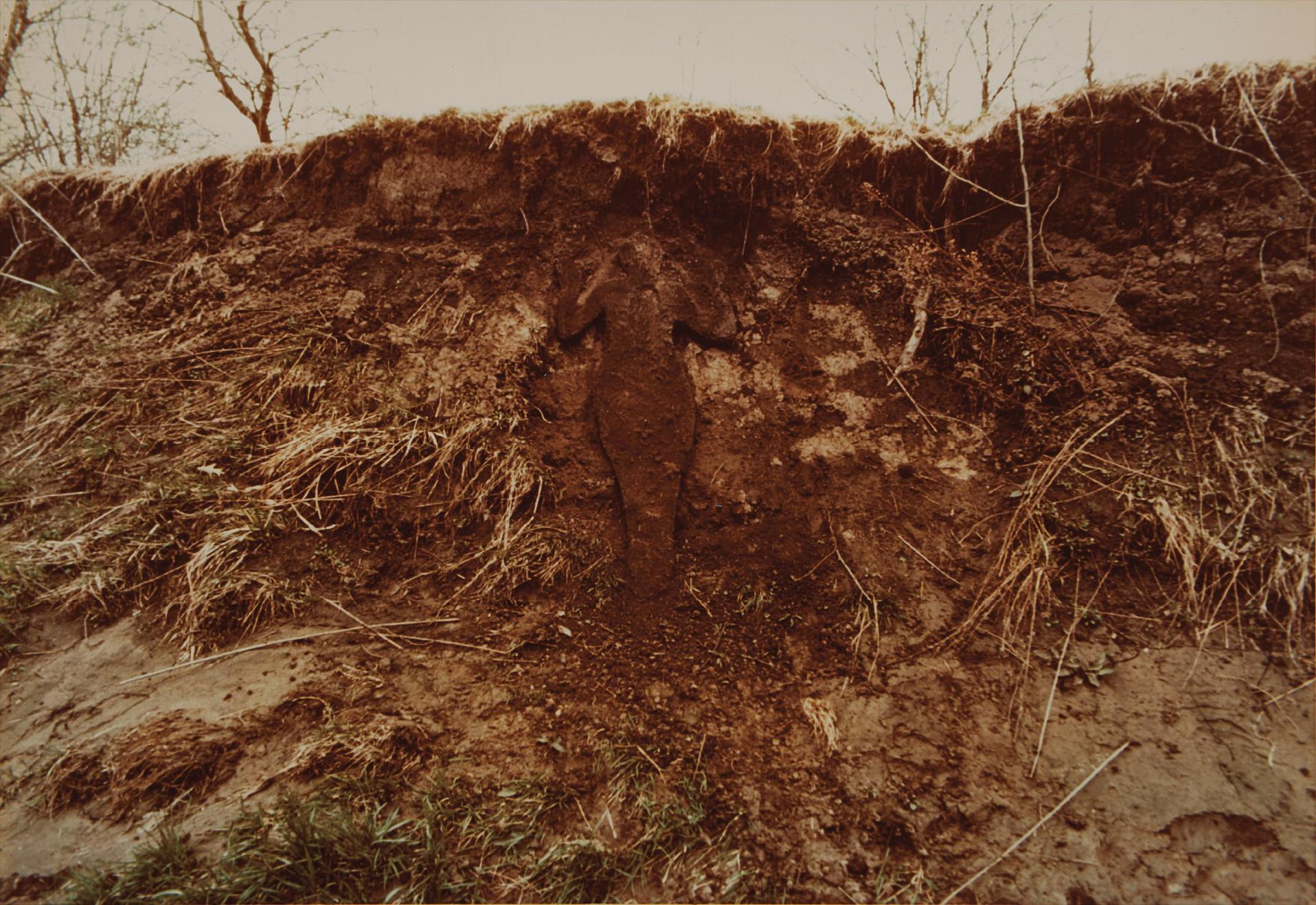 Ana Mendieta-Untitled: Silueta Series-1978