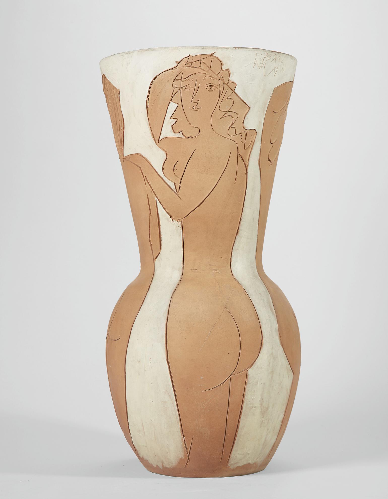 Pablo Picasso-Grand Vase Aux Femmes Nues-1950