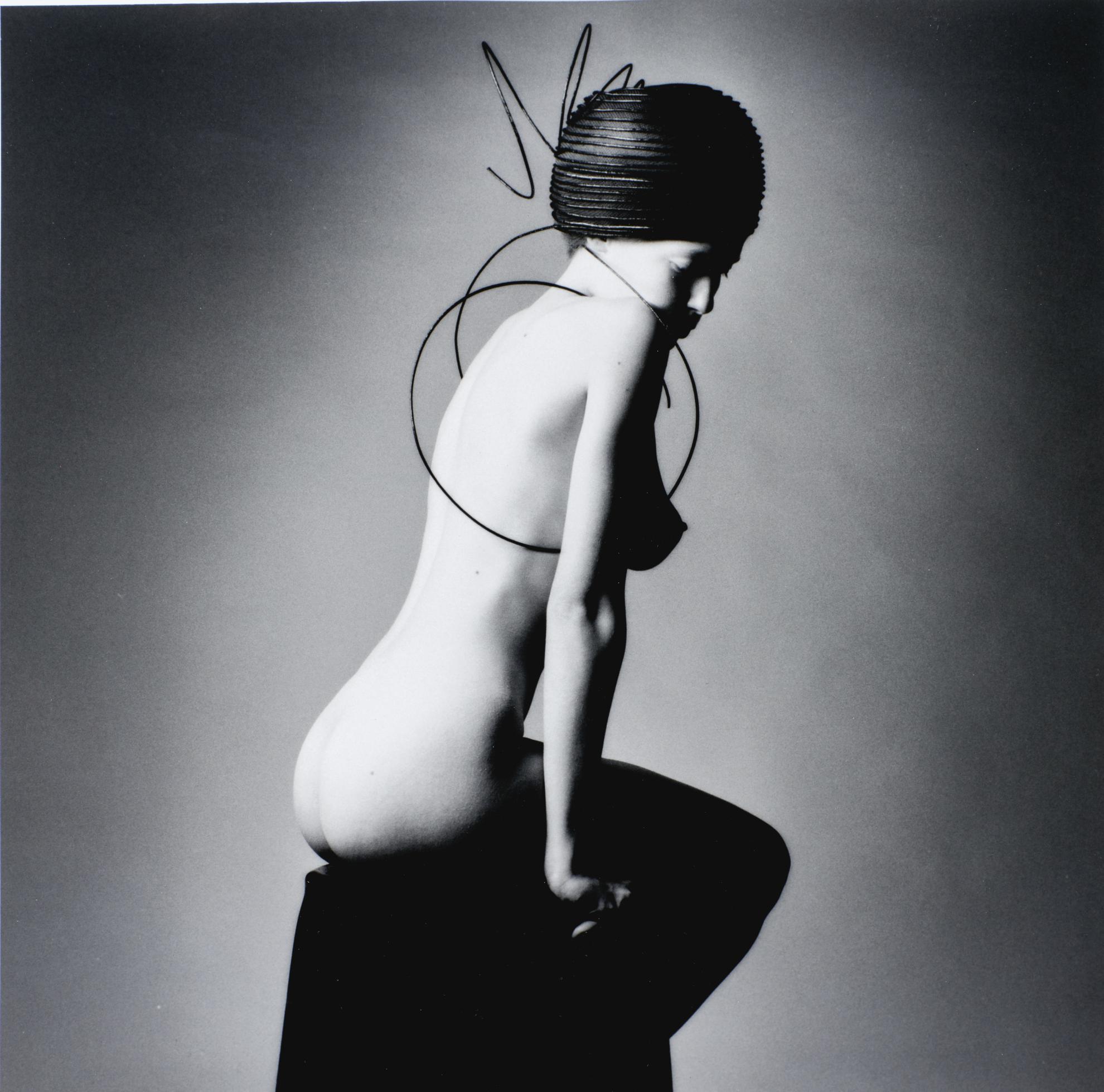 Jeanloup Sieff-Chapeau Du Maitre Akio Hirata-1992