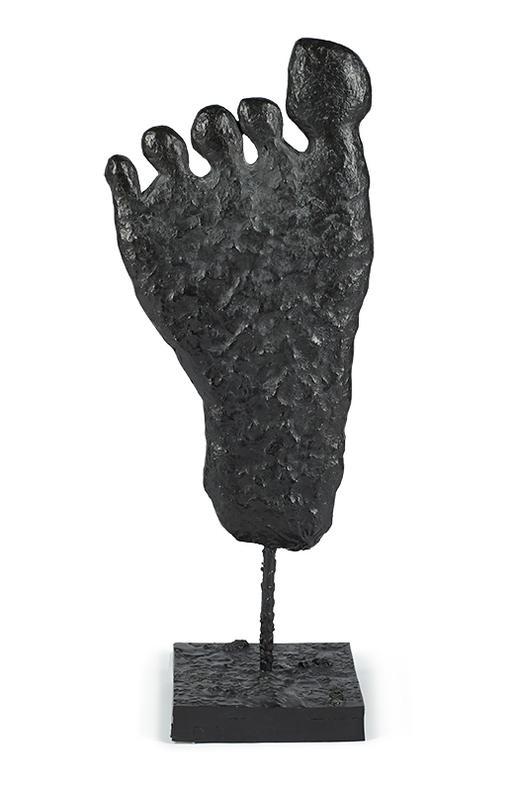 Donald Baechler-Foot-2004