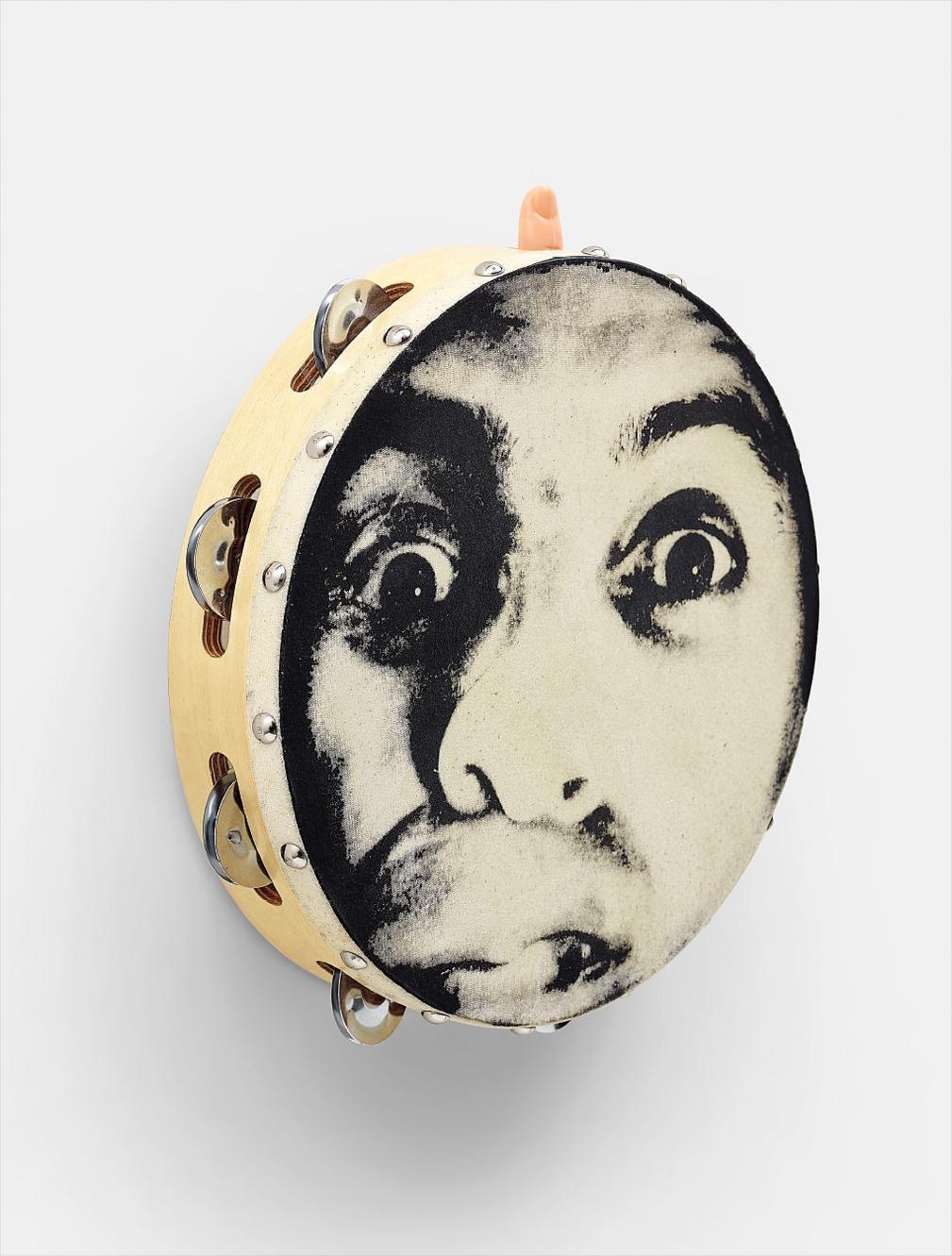Vik Muniz-Self Portrait As A Tambourine-1991