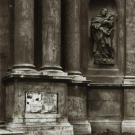 Thomas Struth-Piazza San Marcello, Rome-1984