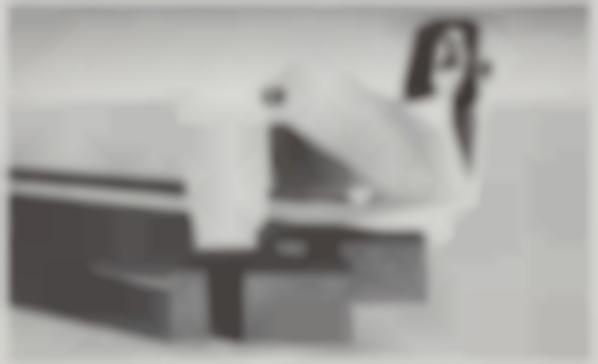 Avery Singer-Ihole-2011
