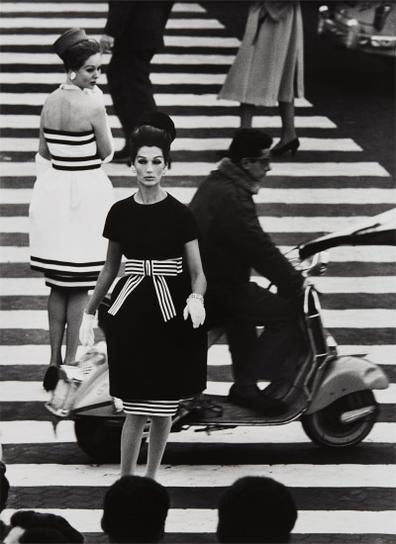 William Klein-Simone + Nina, Piazza Di Spagna, Rome (Vogue)-1960