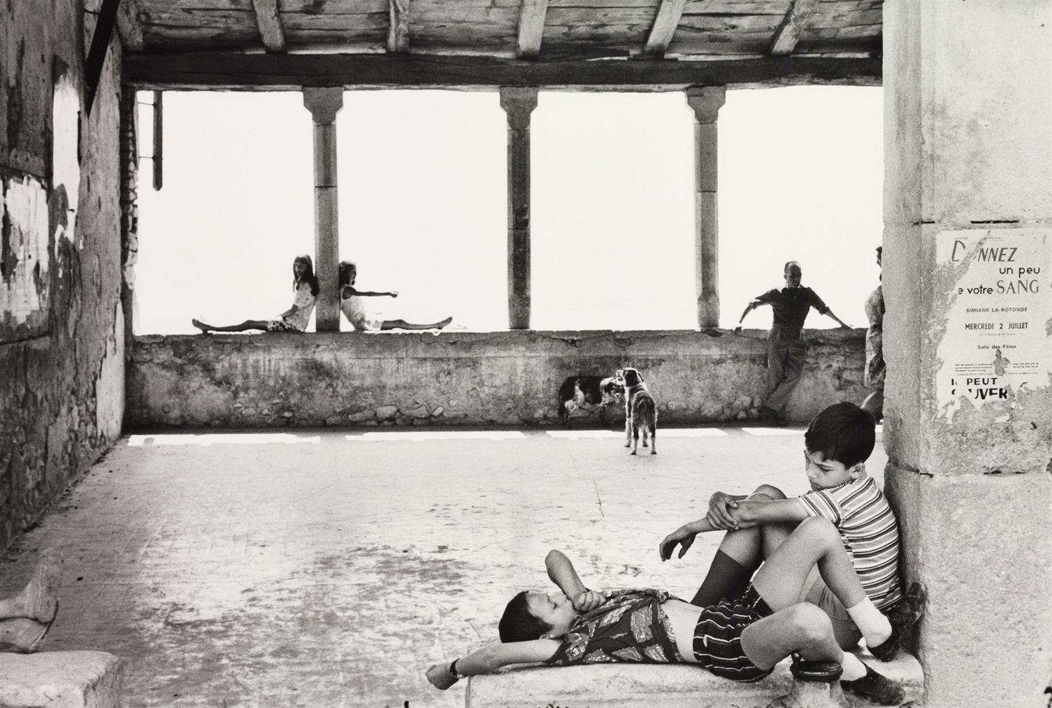 Henri Cartier-Bresson-Simiane, La Rotonde-1969