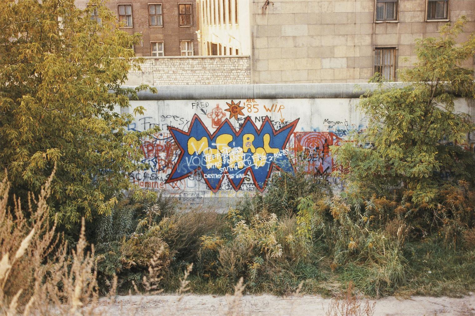 William Eggleston-Untitled, Berlin-1986