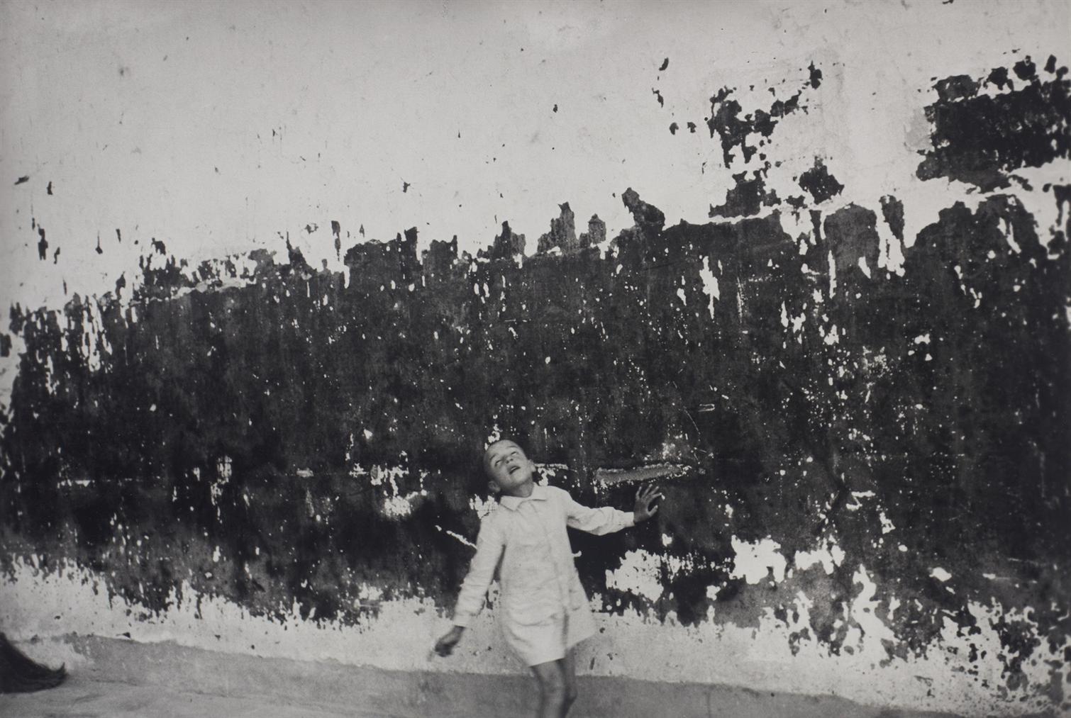 Henri Cartier-Bresson-Valencia, Spain-1933