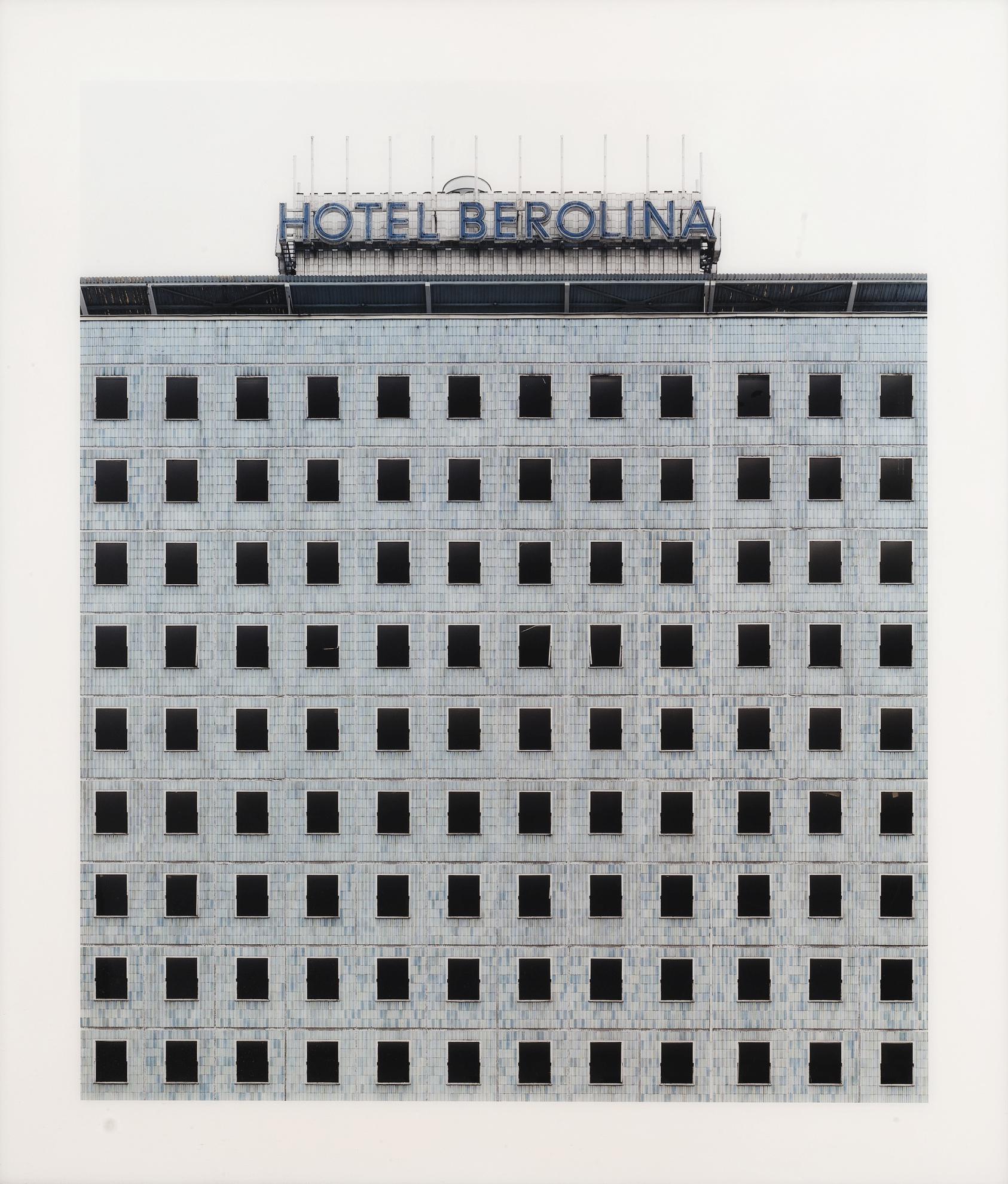 Frank Thiel-Stadt 5/02/A, (Berlin)-1996