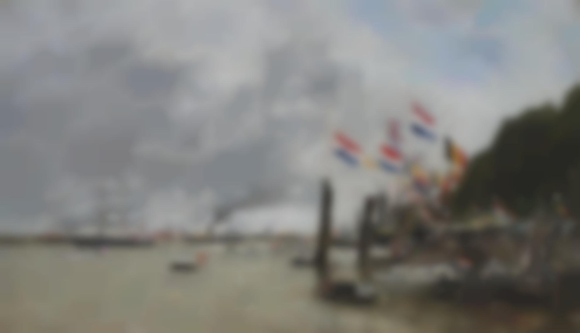 Eugene Louis Boudin-Anvers. La Flotte Anglaise Vient Prendre Les Restes Des Soldats Enterres Dans La Citadelle-1871