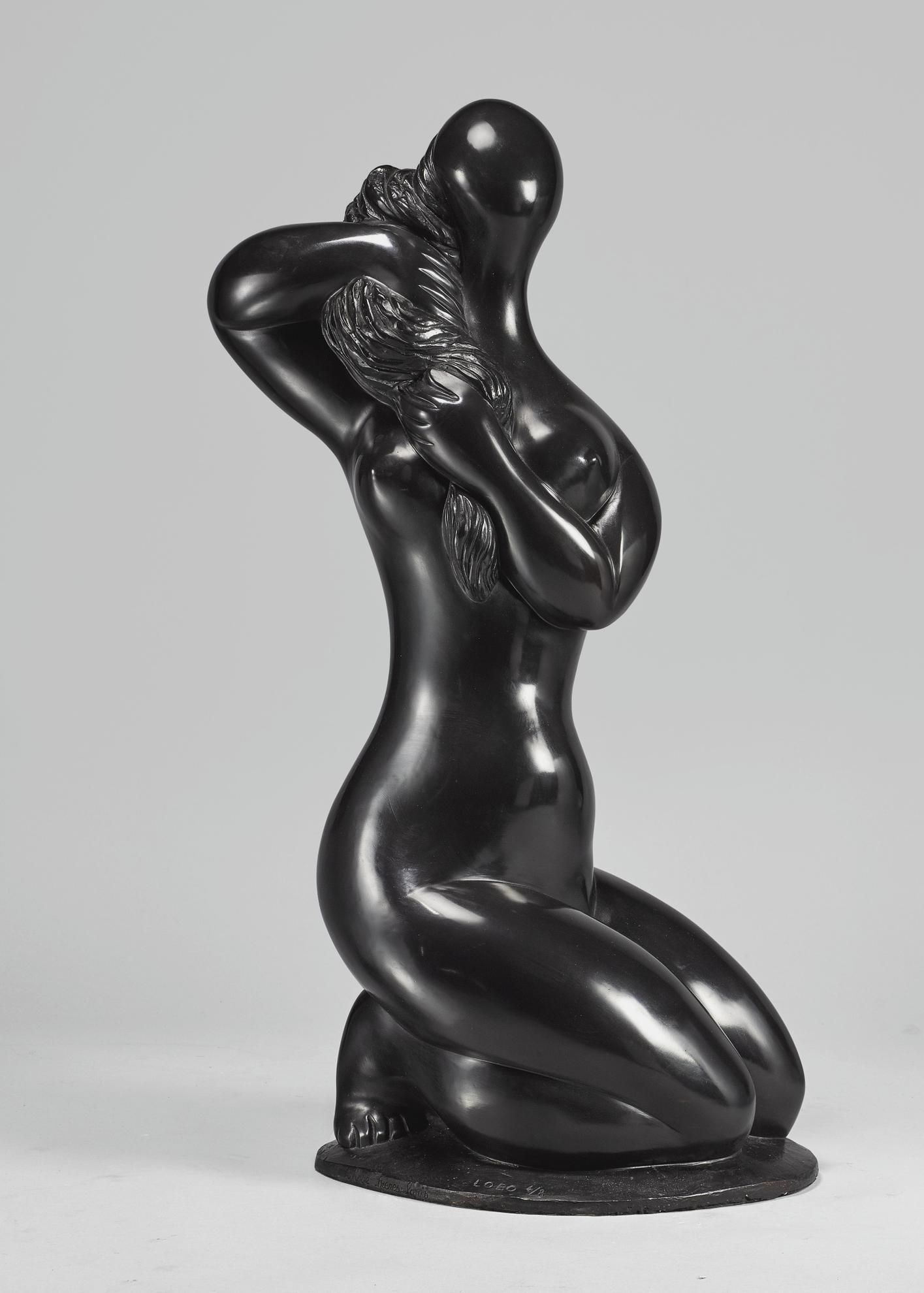 Baltasar Lobo-Femme Se Coiffant Sur Socle-1970
