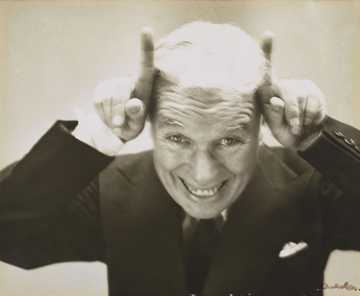 Richard Avedon-Charlie Chaplin Leaving America, New York, 13 Septembre-1952