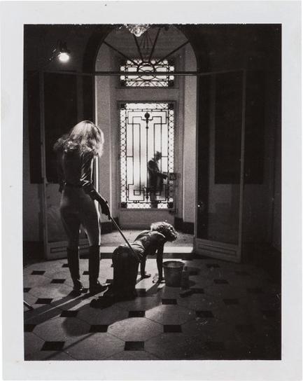Helmut Newton-Roxanne, Paris-1977