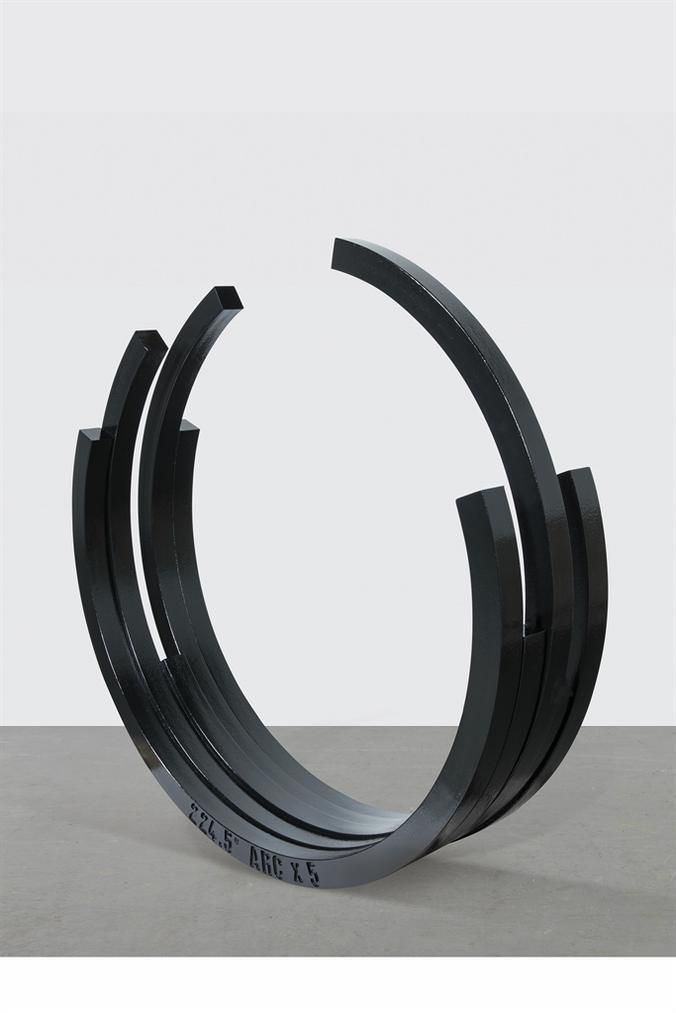 Bernar Venet-224.5° Arc X 5-1998