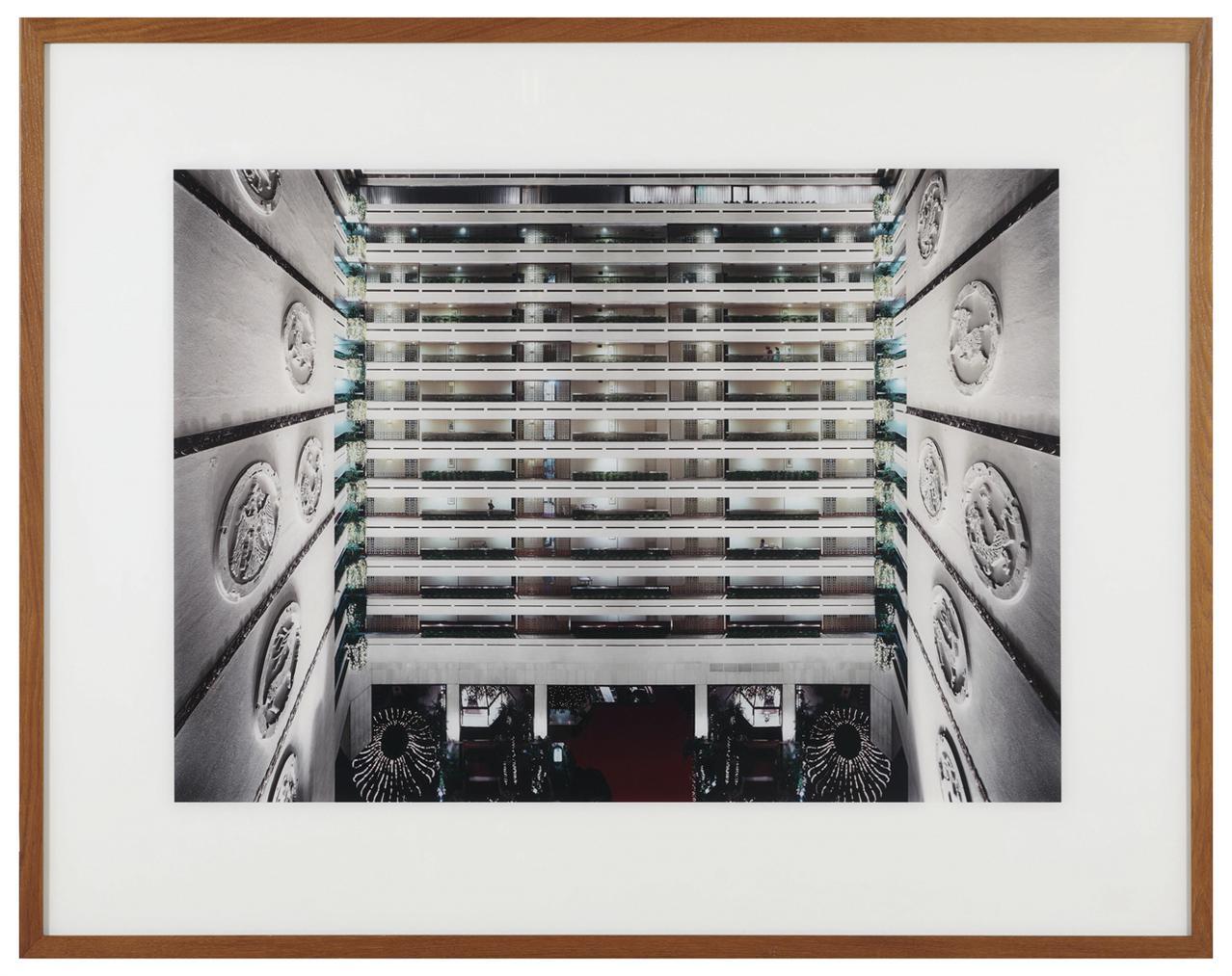 Andreas Gursky-Taipei-2000