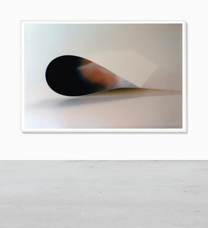 Wolfgang Tillmans-Paper Drop (Roma)-2007