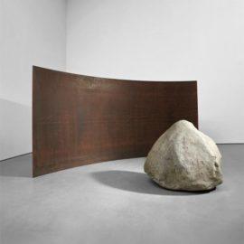 Lee Ufan-Relatum - Gravitation-2008