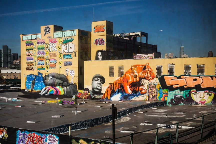 5 Pointz Graffiti - Image via thenypostcom