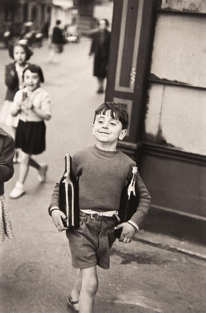 Henri Cartier-Bresson-Rue Mouffetard, Paris-1954