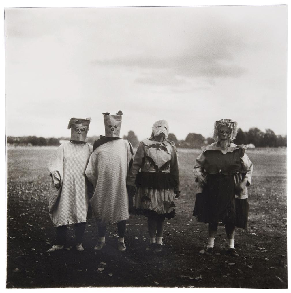 Diane Arbus-Untitled (4)-1971