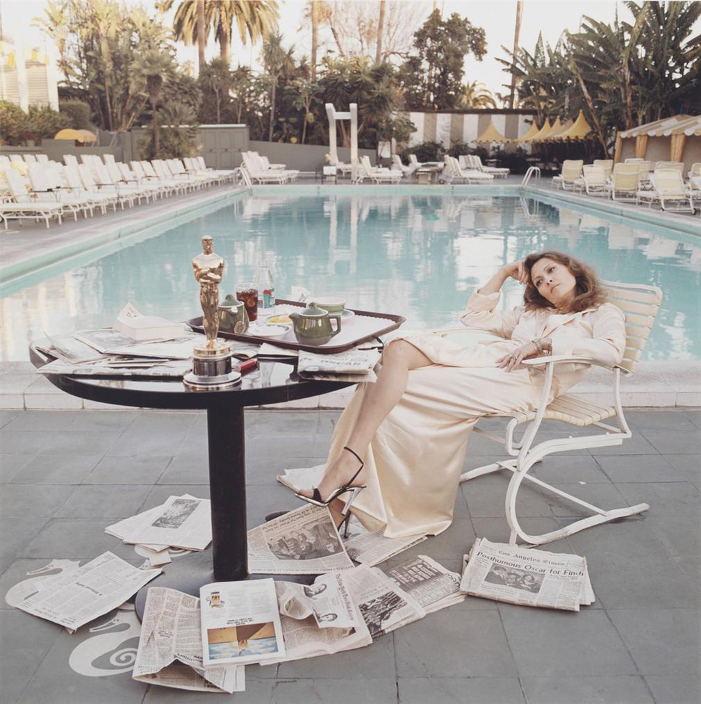 Terry O'Neill-Faye Dunaway With Oscar, Beverly Hills-1977