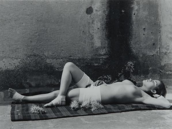 Manuel Alvarez Bravo-La Buena Fama Durmiendo (The Good Reputation Sleeping)-1938