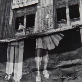 Manuel Alvarez Bravo-Dos Pares De Piernas (Two Pairs Of Legs)-1929