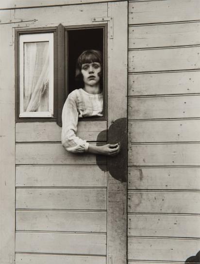August Sander-Madchen Im Kirmeswagen (Girl In Fairground Caravan)-1932