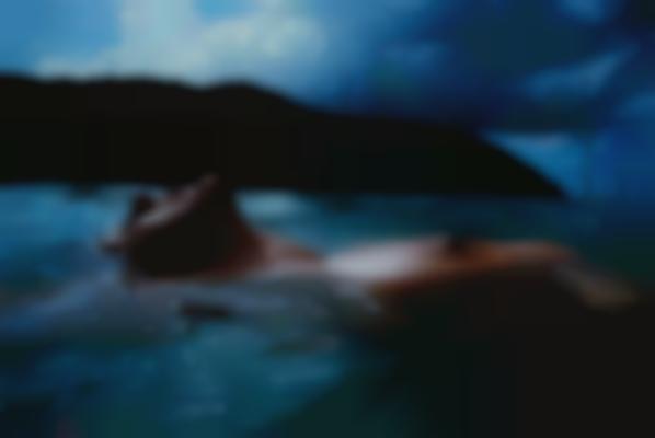 Nan Goldin-Valerie Floating In The Sea, Mayreau Island-2001
