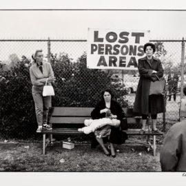 Elliott Erwitt-Pasadena, California-1963