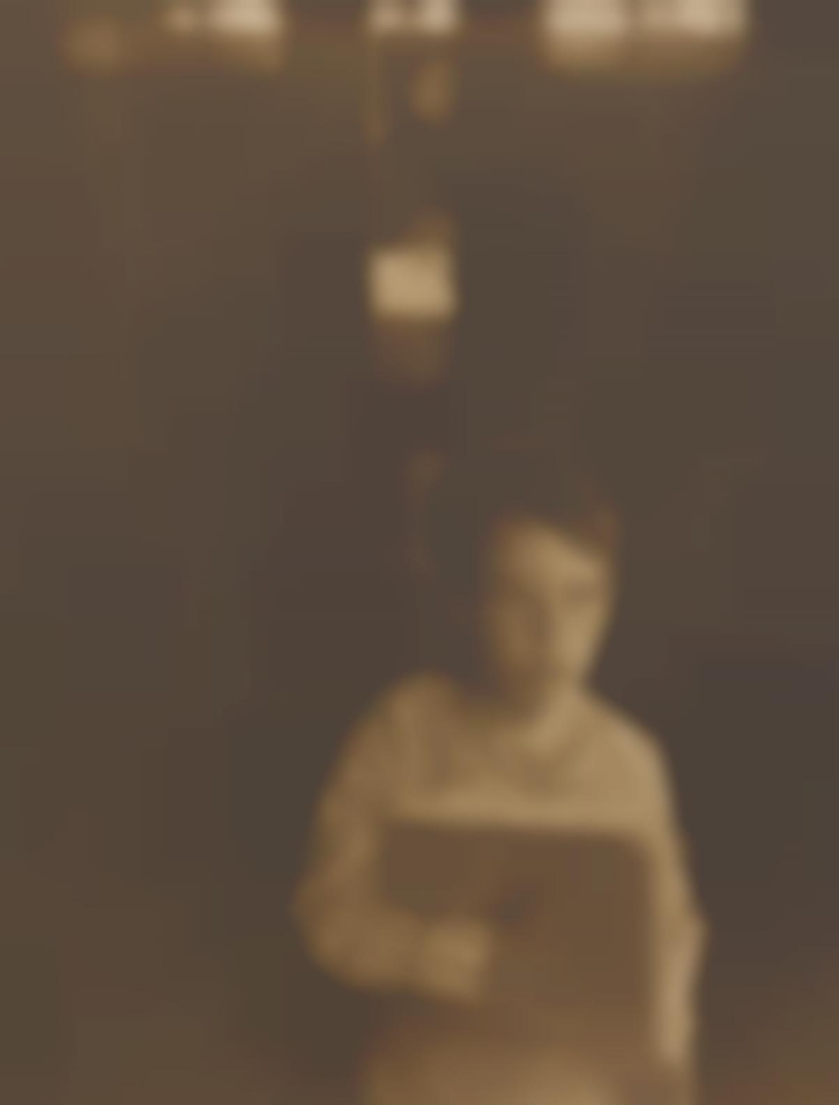 Clarence White - Boy With Camera Work-1905